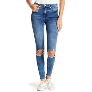 Free People Ripped Knee skinny jeans